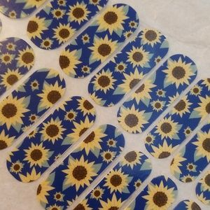 Jamberry wraps Sunflower
